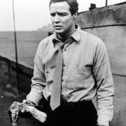 Marlon Brando - galeria zdjęć - Zdjęcie nr. 1 z filmu: Na nabrzeżach