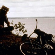 River Phoenix - galeria zdjęć - Zdjęcie nr. 5 z filmu: Stracone lata