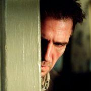 Ralph Fiennes - galeria zdjęć - Zdjęcie nr. 12 z filmu: Pająk
