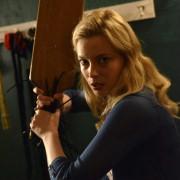 Gillian Jacobs - galeria zdjęć - Zdjęcie nr. 2 z filmu: Bad Milo!