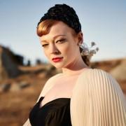 Sarah Snook - galeria zdjęć - filmweb