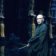 Ralph Fiennes - galeria zdjęć - Zdjęcie nr. 2 z filmu: Harry Potter i Zakon Feniksa