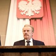 Daniel Olbrychski - galeria zdjęć - Zdjęcie nr. 2 z filmu: Polityka