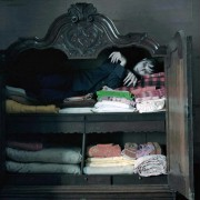 Johnny Depp - galeria zdjęć - Zdjęcie nr. 9 z filmu: Mroczne cienie