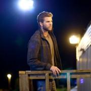 Liam Hemsworth - galeria zdjęć - Zdjęcie nr. 2 z filmu: Miasteczko Cut Bank