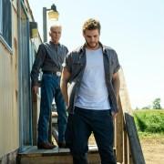 Liam Hemsworth - galeria zdjęć - Zdjęcie nr. 5 z filmu: Miasteczko Cut Bank