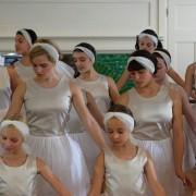 Yasmin Paige - galeria zdjęć - Zdjęcie nr. 3 z filmu: Zaczarowane baletki