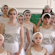 Yasmin Paige - galeria zdjęć - Zdjęcie nr. 7 z filmu: Zaczarowane baletki