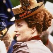 Julianne Moore - galeria zdjęć - Zdjęcie nr. 3 z filmu: Idealny mąż