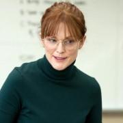 Julianne Moore - galeria zdjęć - Zdjęcie nr. 10 z filmu: Nauczycielka angielskiego
