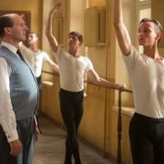 Ralph Fiennes - galeria zdjęć - Zdjęcie nr. 2 z filmu: Biały kruk