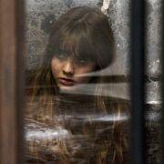 Liana Liberato - galeria zdjęć - Zdjęcie nr. 18 z filmu: Wrobiony