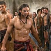 Dustin Clare - galeria zdjęć - Zdjęcie nr. 6 z filmu: Spartakus: Zemsta