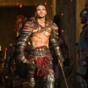 Dustin Clare - galeria zdjęć - Zdjęcie nr. 4 z filmu: Spartakus: Zemsta