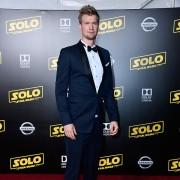Joonas Suotamo - galeria zdjęć - Zdjęcie nr. 2 z filmu: Han Solo: Gwiezdne wojny - historie