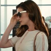 Anne Hathaway - galeria zdjęć - Zdjęcie nr. 1 z filmu: Oszustki