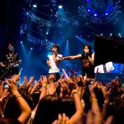 Nick Jonas - galeria zdjęć - Zdjęcie nr. 2 z filmu: Jonas Brothers - Koncert