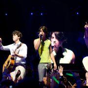 Nick Jonas - galeria zdjęć - Zdjęcie nr. 9 z filmu: Jonas Brothers - Koncert