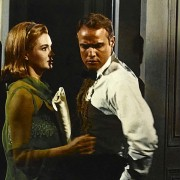 Marlon Brando - galeria zdjęć - Zdjęcie nr. 4 z filmu: Obława
