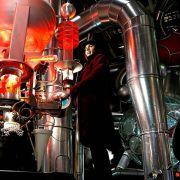 Johnny Depp - galeria zdjęć - Zdjęcie nr. 2 z filmu: Charlie i fabryka czekolady