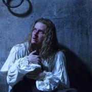 Evan Williams - galeria zdjęć - Zdjęcie nr. 8 z filmu: Wersal. Prawo krwi