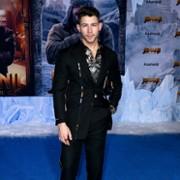 Nick Jonas - galeria zdjęć - Zdjęcie nr. 5 z filmu: Jumanji: Następny poziom