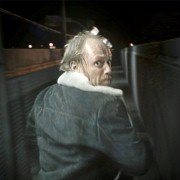 Aksel Hennie - galeria zdjęć - Zdjęcie nr. 11 z filmu: Pod dnem