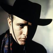 Marlon Brando - galeria zdjęć - Zdjęcie nr. 1 z filmu: Dwa oblicza zemsty