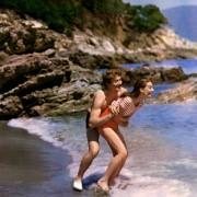 Audrey Hepburn - galeria zdjęć - Zdjęcie nr. 16 z filmu: Dwoje na drodze