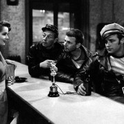 Marlon Brando - galeria zdjęć - Zdjęcie nr. 5 z filmu: Dziki
