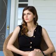Alexandra Daddario - galeria zdjęć - filmweb