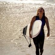 Poppy Montgomery - galeria zdjęć - Zdjęcie nr. 42 z filmu: Reef Break