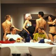 Mehmet Kurtulus - galeria zdjęć - Zdjęcie nr. 1 z filmu: Nadzy
