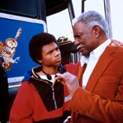 De'aundre Bonds - galeria zdjęć - Zdjęcie nr. 2 z filmu: Autobus