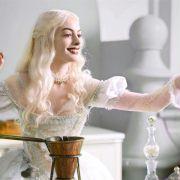 Anne Hathaway - galeria zdjęć - Zdjęcie nr. 2 z filmu: Alicja w Krainie Czarów