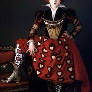 Helena Bonham Carter - galeria zdjęć - Zdjęcie nr. 2 z filmu: Alicja w Krainie Czarów