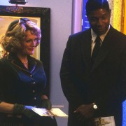 Julianne Moore - galeria zdjęć - Zdjęcie nr. 7 z filmu: Daleko od nieba