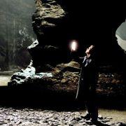 Christian Bale - galeria zdjęć - Zdjęcie nr. 7 z filmu: Batman - Początek