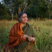 Vandana Shiva - galeria zdjęć - filmweb