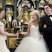 Anne Hathaway - galeria zdjęć - Zdjęcie nr. 9 z filmu: Ślubne wojny
