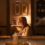 Toni Servillo - galeria zdjęć - Zdjęcie nr. 4 z filmu: W labiryncie