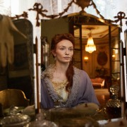 Eleanor Tomlinson - galeria zdjęć - Zdjęcie nr. 4 z filmu: Colette