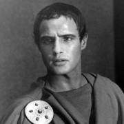 Marlon Brando - galeria zdjęć - Zdjęcie nr. 1 z filmu: Juliusz Cezar