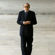 Toni Servillo - galeria zdjęć - Zdjęcie nr. 6 z filmu: Boski