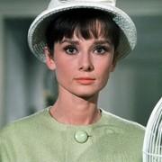 Audrey Hepburn - galeria zdjęć - Zdjęcie nr. 1 z filmu: Kiedy Paryż wrze