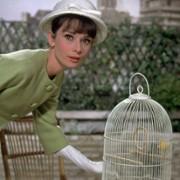 Audrey Hepburn - galeria zdjęć - Zdjęcie nr. 19 z filmu: Kiedy Paryż wrze