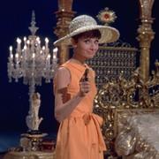 Audrey Hepburn - galeria zdjęć - Zdjęcie nr. 25 z filmu: Kiedy Paryż wrze