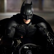 Christian Bale - galeria zdjęć - Zdjęcie nr. 1 z filmu: Mroczny Rycerz powstaje