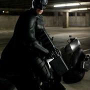 Christian Bale - galeria zdjęć - Zdjęcie nr. 2 z filmu: Mroczny Rycerz powstaje