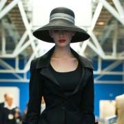 Anne Hathaway - galeria zdjęć - Zdjęcie nr. 13 z filmu: Mroczny Rycerz powstaje